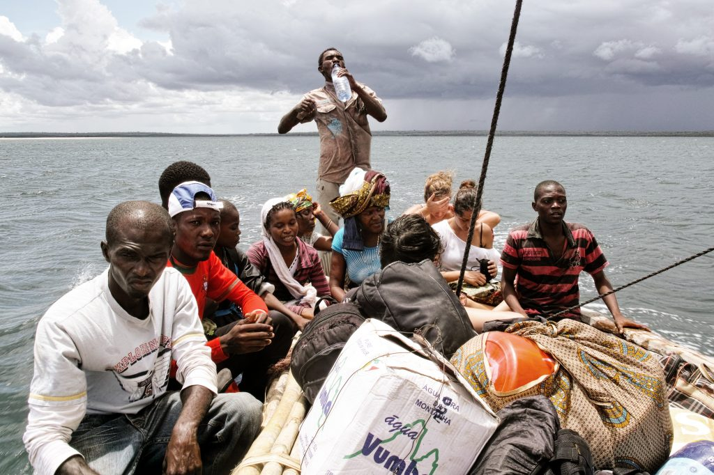 On a traditional sailboat from Quissanga to Ibo