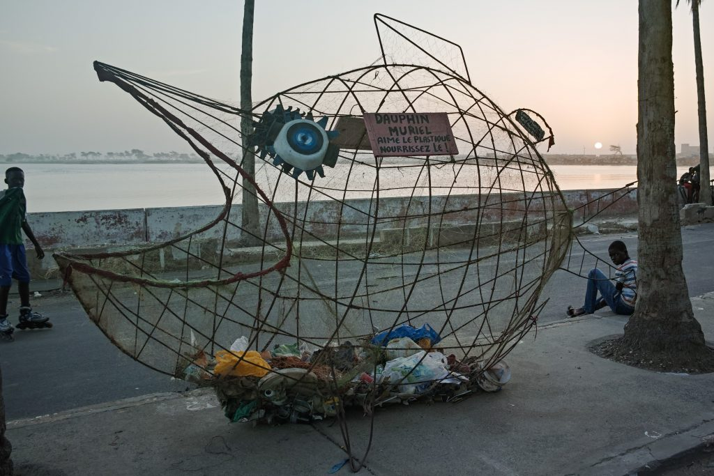 Saint-Louis, an attempt to make people collect plastic waste